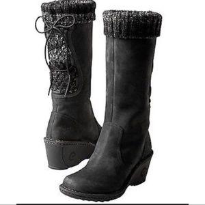 UGG Australia skylair black wedge leather boots 8